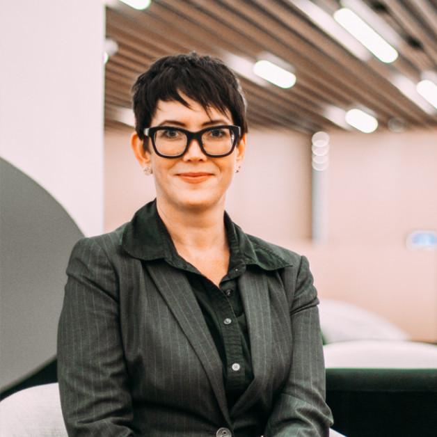 """Speakers Series   Dr. Amanda Coles """"Gender at Work: The status of women in Canadian arts & culture"""""""